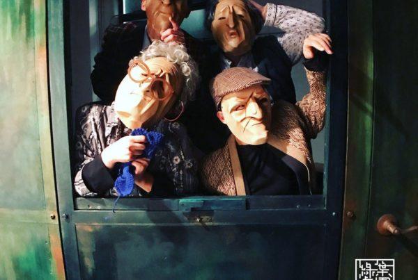 Drama group - Theatre de la Feuille_still 2
